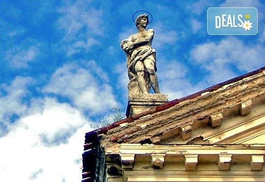 Незабравима екскурзия за Карнавала във Венеция, Италия! 3 нощувки със закуски в района на Верона, транспорт и водач! - Снимка 6