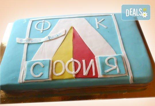 Фирмена торта с лого, индивидуален дизайн и брой парчета по избор от Сладкарница Джорджо Джани - Снимка 15