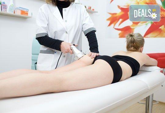 Антицелулитен лимфен дренаж на цяло тяло или на седалище, бедра и корем от масажно-козметично студио Magnifico! - Снимка 4