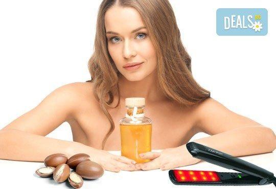 Арганова терапия с ултразвук и инфраред преса, подстригване по избор и оформяне със сешоар от N&S Fashion зелен салон! - Снимка 1