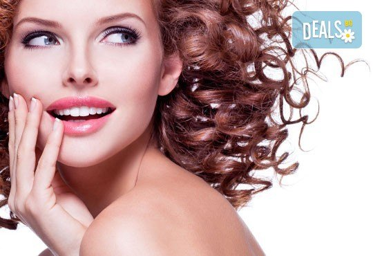 Терапия за коса с инфраред преса, оформяне в желаната прическа - права или букли от фризьор-стилист Лили Неделчева в студио Giro! - Снимка 2