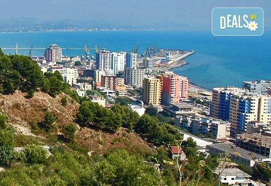 През април в Албания: 3 нощувки със закуски и вечери, пешеходни разходки в Дуръс и Охрид с транспорт от Ариес Холидейз! - Снимка 3