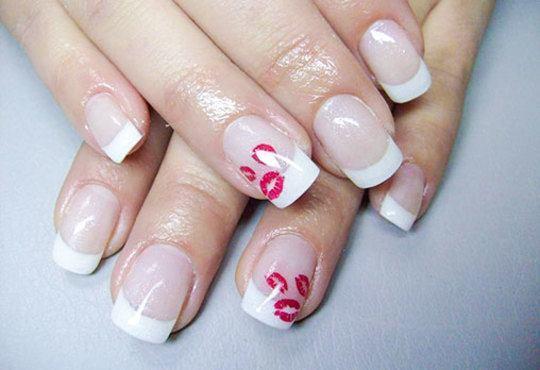 Класически маникюр с гел лак SNB/Bluesky и 2 декорации с печати или гел върху естествен нокът и маникюр с лак China Glaze в салон Flowers - Снимка 9