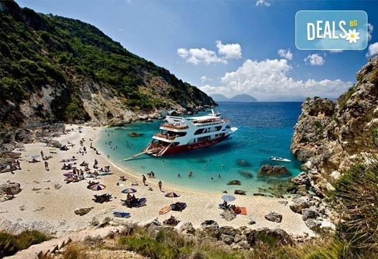 Ранни записвания за Великден 2017 на о. Лефкада, Гърция! 3 нощувки със закуски в хотел 3*, транспорт и екскурзовод! - Снимка 4