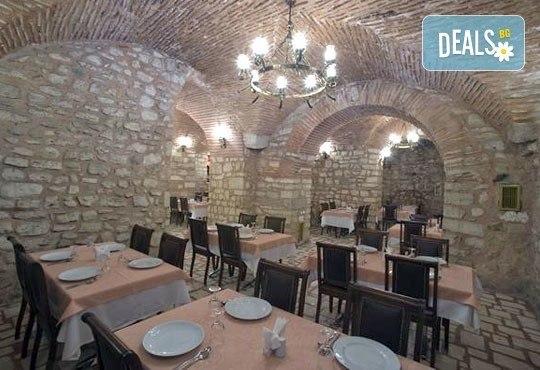 Нова Година 2017 в Истанбул с Дениз Травел! 2 нощувки със закуски в History Hotel 3*, транспорт и програма - Снимка 8