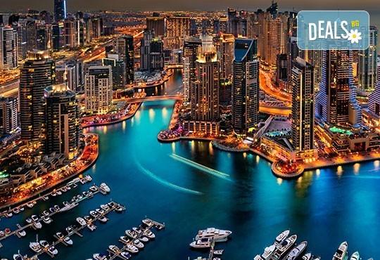 За Свети Валентин - на плаж и шопинг в Дубай! 7 нощувки със закуски в Hotel City Max Al Barsha 3*, самолетен билет, летищни такси и трансфери! - Снимка 1