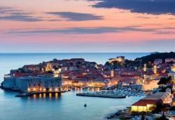 Ранни записвания за Дубровник: 3 нощувки със закуски и вечери в хотел 2/3*, транспорт