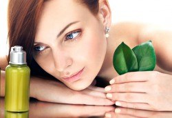 Почистване на лице и колагенова мезотерапия с био козметика на водещата немска фирма Dr. Spiller, Козметично студио Beauty! - Снимка