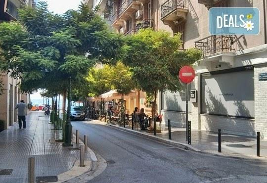Предколеден шопинг за един ден в Солун, Гърция! Транспорт, водач и медицинска застраховка от Глобус Турс! - Снимка 5