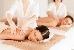 Светът е за двама! Два синхронни масажа на цяло тяло в Chocolate Studio