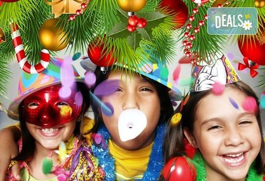 Подарете на детето си приказен празник! Празнувайте Коледа в клуб Звездички - 4 часа празнично настроение и среща с Дядо Коледа! - Снимка 5