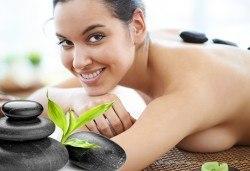 60-минутен дълбоко релаксиращ масаж на цяло тяло от салон ФЛЕШ