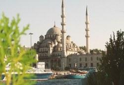 Уикенд в Истанбул, дата по избор: 2 нощувки със закуски, в хотел Beyaz Kugu 3*, транспорт