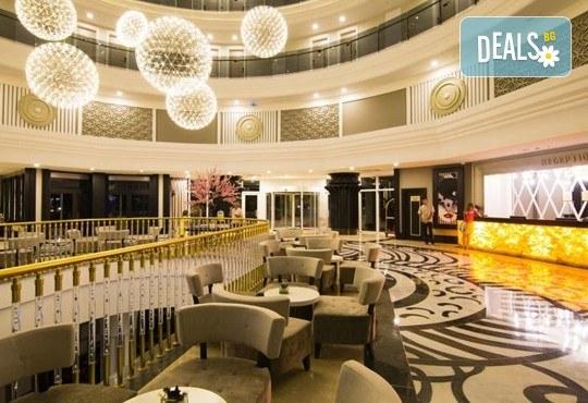 Нова година в Сиде! 4 нощувки на база Ultra All Inclusive в PORT RIVER HOTEL & SPA 5*, Гала вечеря, двупосочен билет, летищни такси и трансфери - Снимка 4