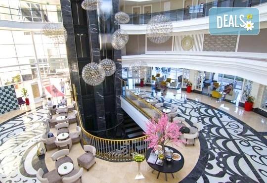 Нова година в Сиде! 4 нощувки на база Ultra All Inclusive в PORT RIVER HOTEL & SPA 5*, Гала вечеря, двупосочен билет, летищни такси и трансфери - Снимка 10