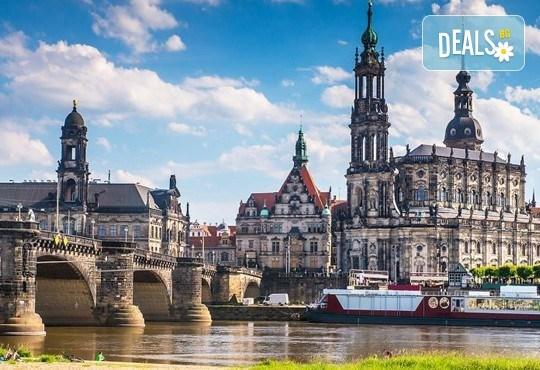 Екскурзия през 2017-та в сърцето на Европа - Прага, Дрезден, Виена и Будапеща! 3 нощувки със закуски, транспорт и програма! - Снимка 14