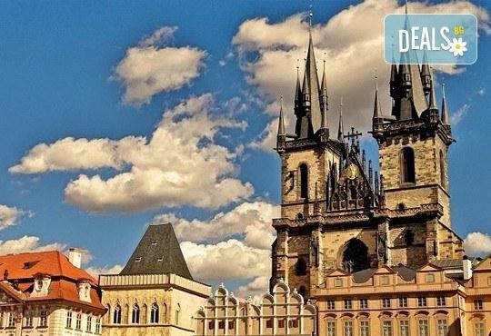 Екскурзия през 2017-та в сърцето на Европа - Прага, Дрезден, Виена и Будапеща! 3 нощувки със закуски, транспорт и програма! - Снимка 9