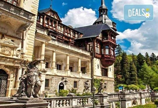 До Букурещ и Трансилвания през март или май! 2 нощувки със закуски и транспорт, посещение на Пелеш, Пелишор, Бран и замъка на Дракула - Снимка 3