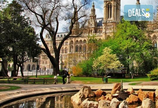 Екскурзия до Будапеща, с възможност за посещение на Виена! 4 дни и 2 нощувки със закуски, транспорт и екскурзовод! - Снимка 7
