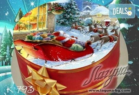 Коледни детски торти с весели коледни картички върху тях, вкус по избор - еклерова с баварски крем или шоколадова, еклерова торта Наоми от салон Лагуна! - Снимка 8