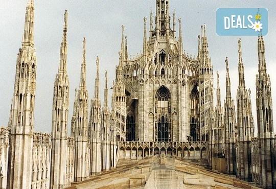 Отпразнувайте 8-ми март в Милано! 2 нощувки със закуски в хотел 3*, самолетен билет, летищни такси, трансфери и богата програма - Снимка 10