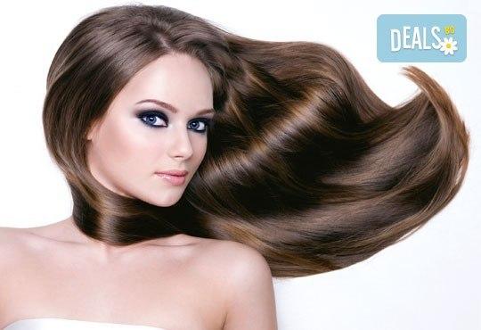 Терапия за коса с инфраред преса, оформяне в желаната прическа - права или букли от фризьор-стилист Лили Неделчева в студио Giro! - Снимка 3