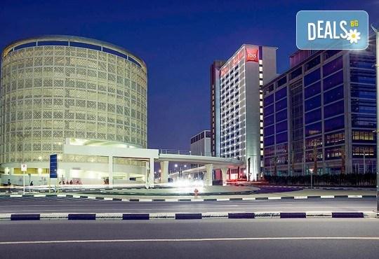 Last minute! Нова година в Дубай на супер цена! Пакетна цена за 8 дни, 7 нощувки със закуски, самолетен билет, трансфери - Снимка 9
