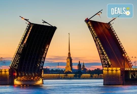 Ранни записвания 2017! Екскурзия до Санкт Петербург, Русия през юли: 7 нощувки, 7 закуски, 5 вечери, самолетен билет и посещение на Ермитажа и Петерхоф! - Снимка 11