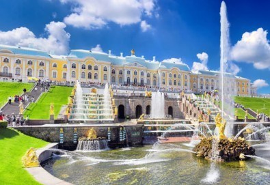 Ранни записвания 2017! Екскурзия до Санкт Петербург, Русия през юли: 7 нощувки, 7 закуски, 5 вечери, самолетен билет и посещение на Ермитажа и Петерхоф! - Снимка