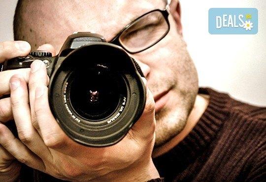 Професионална едночасова детска, семейна, индивидуална фотосесия или с друга тематика по избор с неограничен брой кадри и с 20 обработени кадъра на открито от Olimpea Photography! - Снимка 2