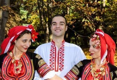 Запознайте се с автентичния български фолклор! 5 посещения на народни танци в клуб за народни танци Хороводец! - Снимка