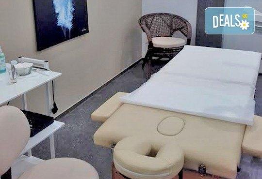 Антицелулитен масаж на ханш, бедра и корем - 1 или 10 процедури във VALERIE BEAUTY STUDIO! - Снимка 4