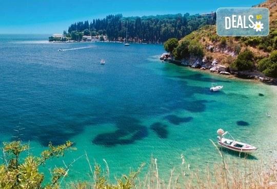 Мини почивка на остров Корфу, 4 нощувки със закуски и вечери в хотел 2/3*, транспорт и програма! - Снимка 1