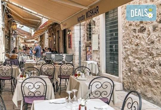 Великденски празници в Будва и Дубровник с Дари Травел! 3 нощувки със закуски и вечери в хотел 2/3*, транспорт и програма - Снимка 4