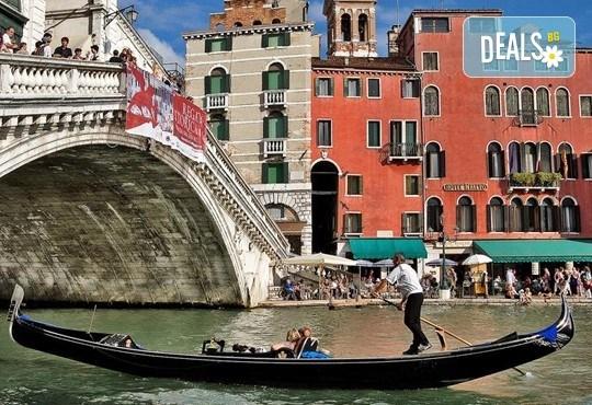 Екскурзия до очарователната Тоскана през март с Дари Травел! 4 нощувки със закуски и 3 вечери в хотели 3*, транспорт със самолет и автобус - Снимка 27