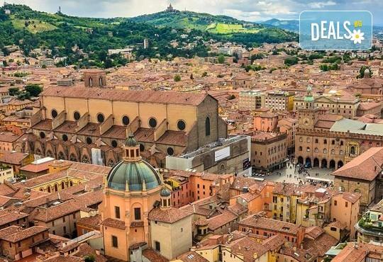 Екскурзия до очарователната Тоскана през март с Дари Травел! 4 нощувки със закуски и 3 вечери в хотели 3*, транспорт със самолет и автобус - Снимка 15
