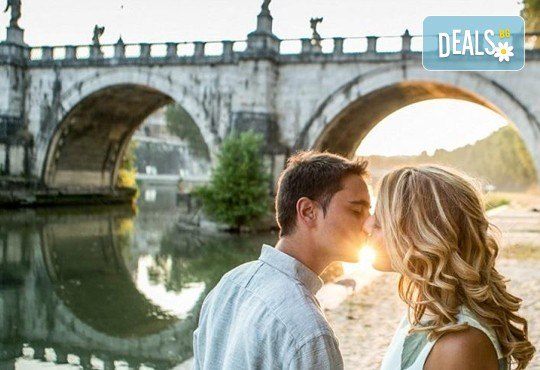 Отпразнувайте Свети Валентин в Рим! 3 нощувки със закуски в хотел 3*, самолетен билет, трансфери и панорамна обиколка! - Снимка 7