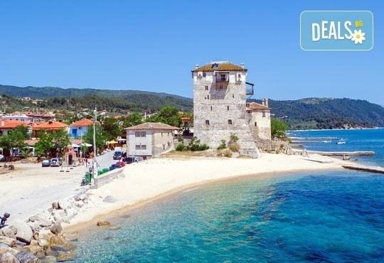 Великденски празници в Гърция, Халкидики! 3 нощувки със закуски и вечери в Calypso Hotel, транспорт и обиколка на Солун! - Снимка 13