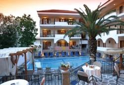 Великденски празници в Гърция, Халкидики! 3 нощувки със закуски и вечери в Calypso Hotel, транспорт и обиколка на Солун! - Снимка