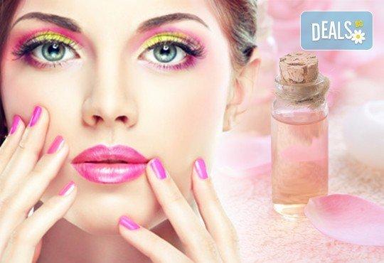 Ароматерапия на ръце с продукти на Rosa Damascena съчетана с витаминозна терапия за нокти, от Студио за красота Galina ! - Снимка 1