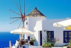 Великденски празници на о. Санторини: 4 нощувки, закуски, транспорт и програма