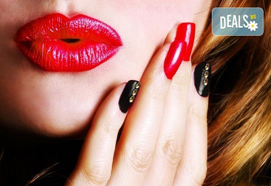 Красиви нокти за дълго време! Маникюр с гел лак Bluesky или Elora и две декорации в салон за красота Калинсим! - Снимка 2
