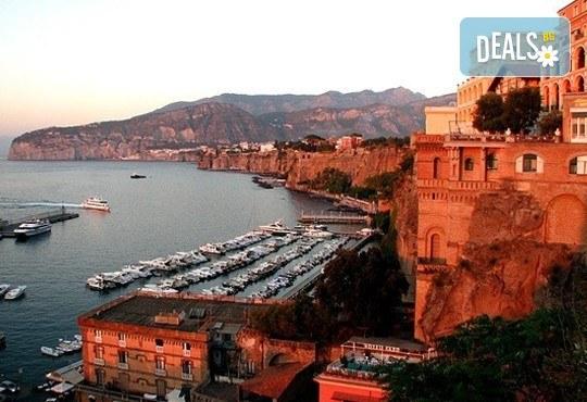 Екскурзия до южна Италия, от Неапол до Алберобелло, с Амадеус 7! 4 нощувки със закуски и вечери в хотел 3*, транспорт и богата програма - Снимка 8