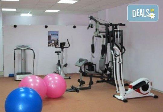 Влезте бързо във форма! 4 тренировки на вибрационна платформа в спортен център Ассей! - Снимка 4