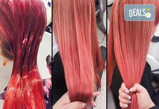 Освежете цвета на косата! Боядисване на корени на коса и оформяне със сешоар или преса в Салон Nails Club до Бизнес парк Младост! - Снимка 5