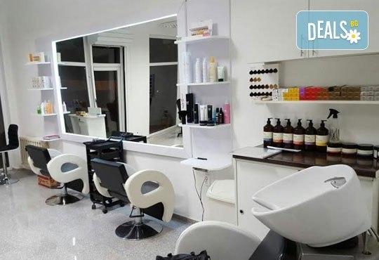Подстригване, подхранваща терапия според типа коса и оформяне със сешоар в Салон Nails Club до Бизнес парк Младост! - Снимка 5
