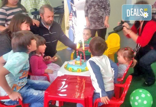 Детски рожден ден за 10 деца! 2 часа лудо парти с украса, парче пица, детски фитнес уреди, музика, възможност за аниматор Елза в Зали под наем Update - Снимка 11