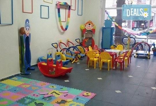 Детски рожден ден за 10 деца! 2 часа лудо парти с украса, парче пица, детски фитнес уреди, музика, възможност за аниматор Елза в Зали под наем Update - Снимка 5