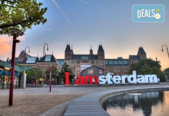 Екскурзия до романтичния Амстердам! 3 нощувки със закуски, самолетен билет и водач, от София Тур! - Снимка 1