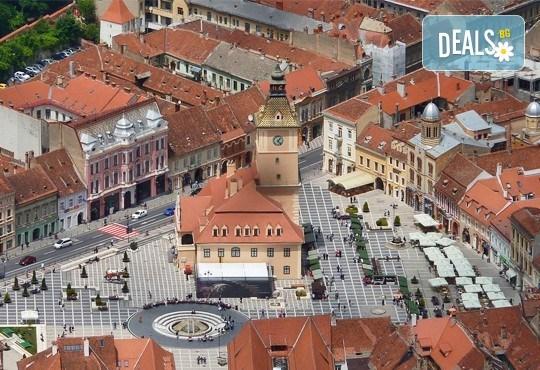 Екскурзия до Букурещ и Синая, Румъния! 2 нощувки със закуски и транспорт в хотел по избор, транспорт и екскурзовод от Глобул Турс! - Снимка 8